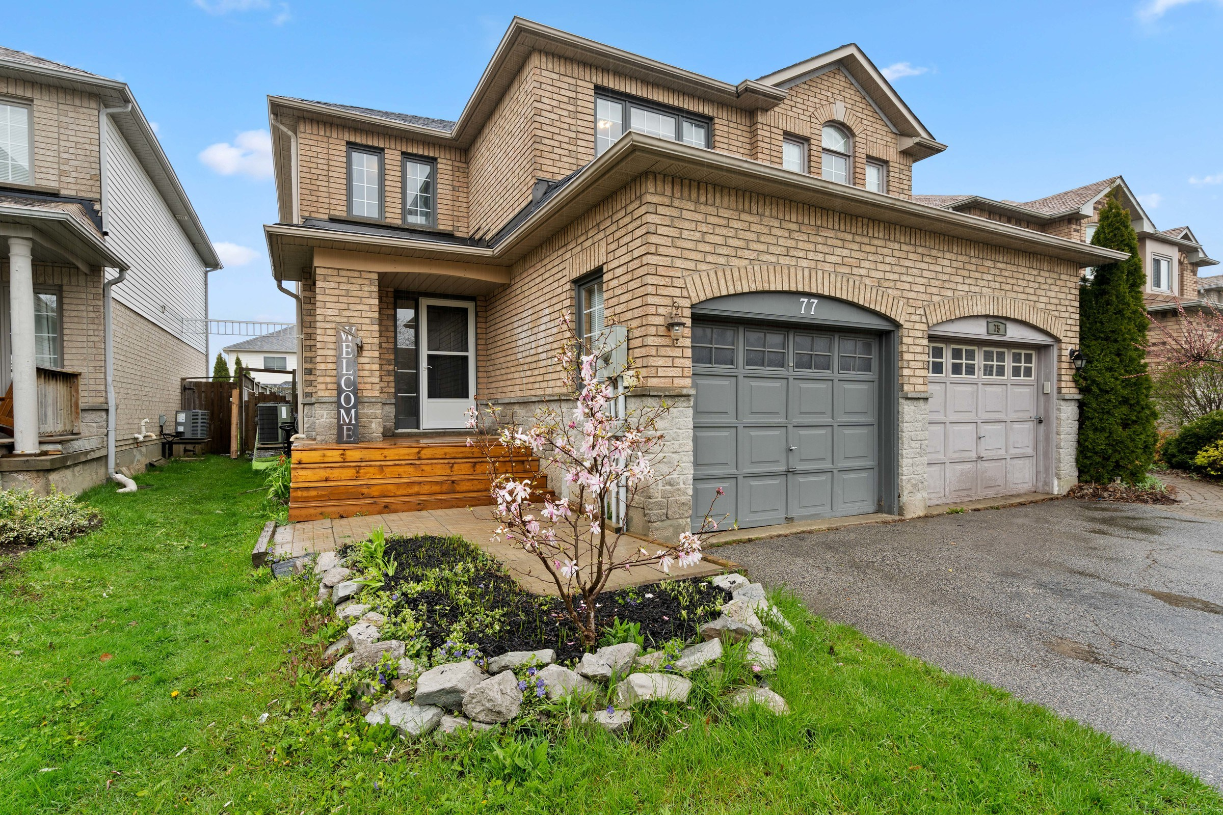 South End Semi-Detached Home For Sale in Barrie