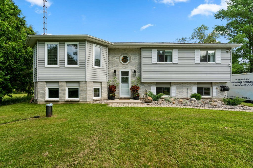Newly Renovated with Country Views